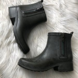 Lucky brand distressed green rain boots